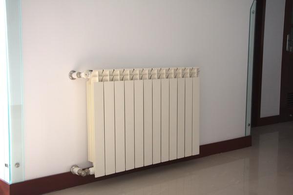 钢制散热器报价与哪些因素有关?