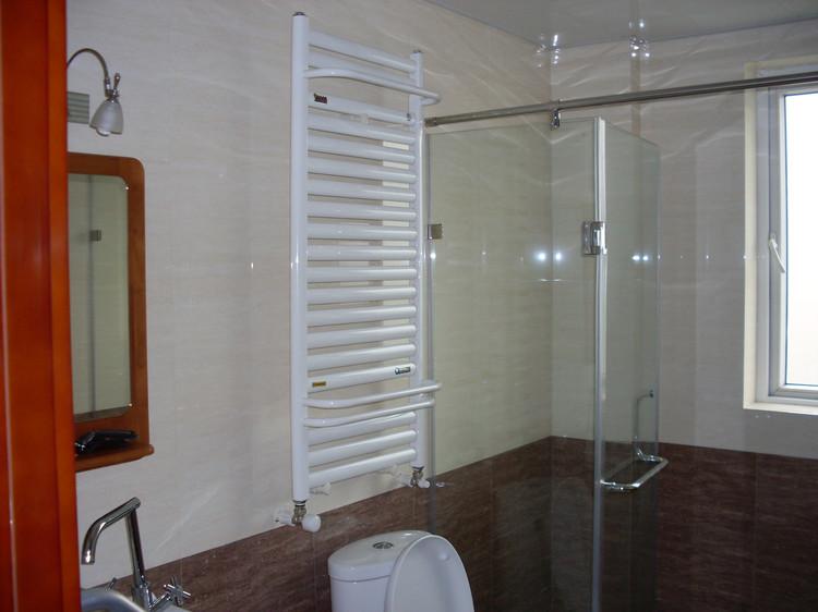卫浴散热器安装什么样的好?